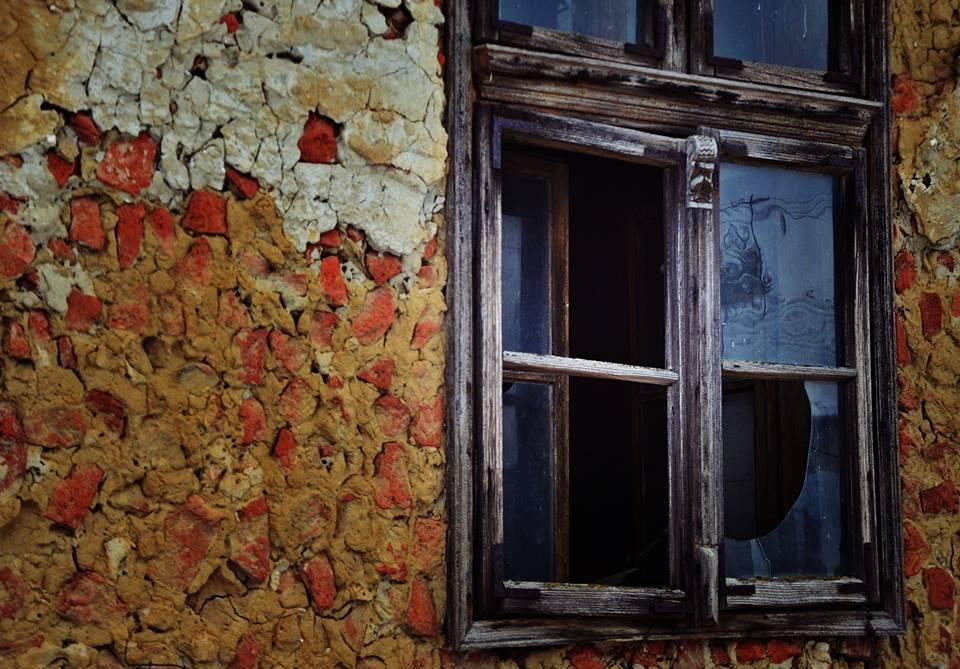 ablakokoroszbogi2_n