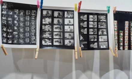 Elszármazottak – Csutkai Csaba fotóművész portréfotó-kiállításáról