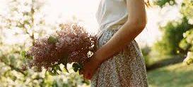 Könnyű, nyári ruha;  Talán emlékként – versek